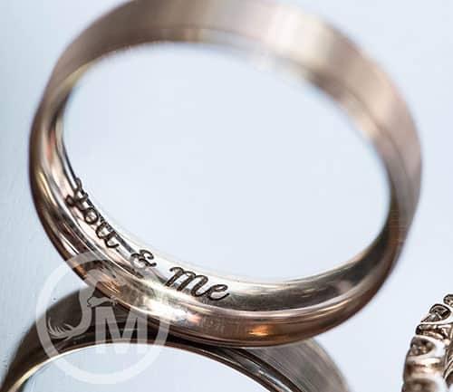 Grabado laser en anillo