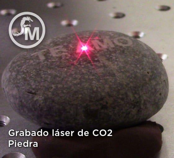 grabado laser sobre piedra